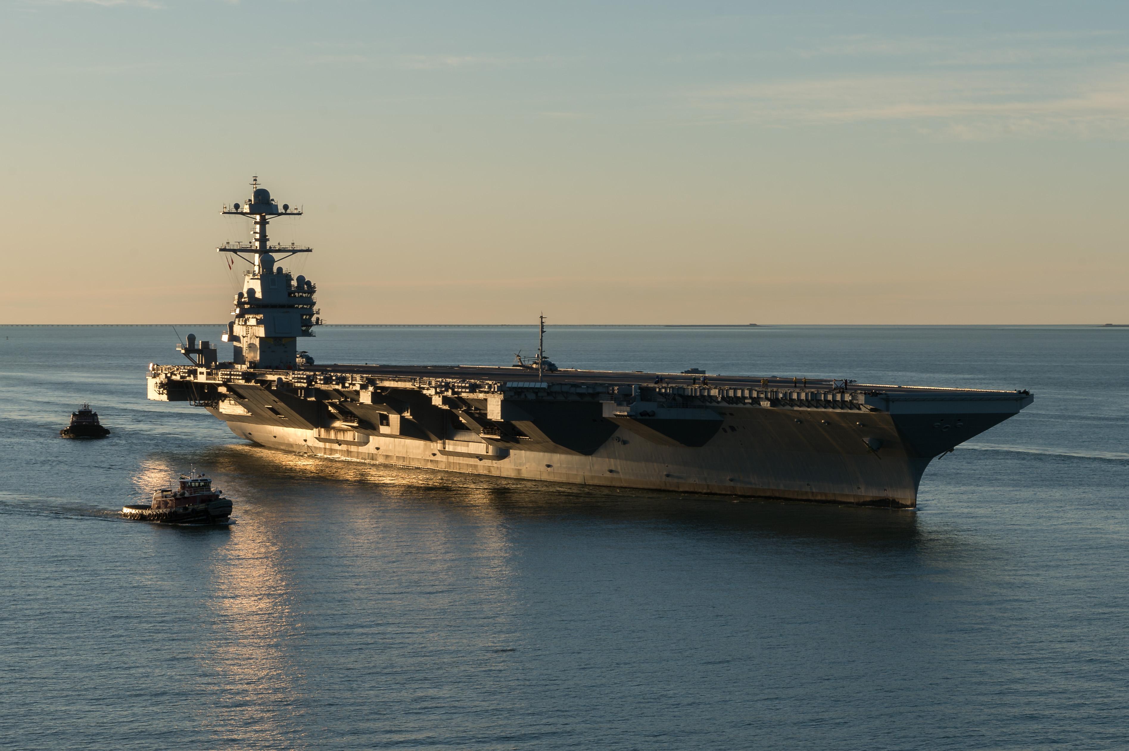 L us navy r ceptionne l uss gerald ford le portail des for Porte avions gerald r ford